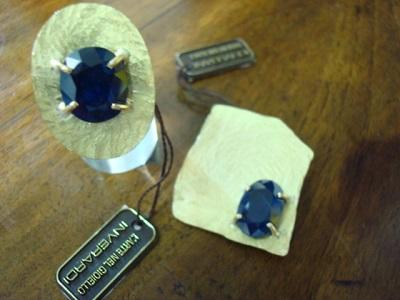 DSC04708.jpgdue oggetti con z. blu